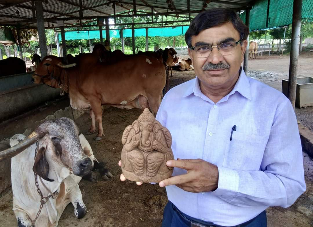 Cow dung will protect everyone, it is anti radiation